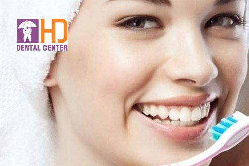Kinh nghiệm đánh răng sau khi bọc răng sứ